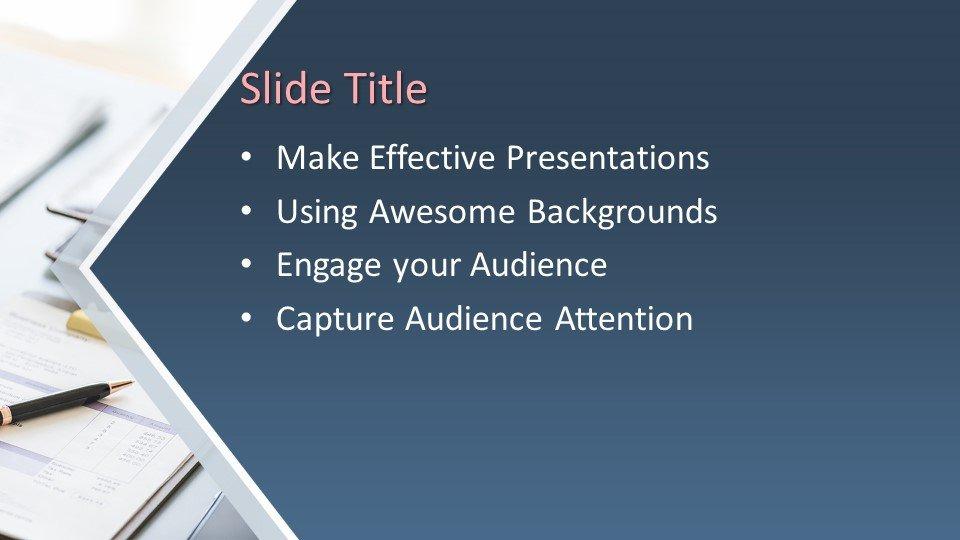 Powerpoint presentacion Empresario trabajando en informática