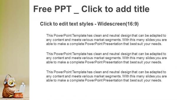 Descargar Presentaciones plantillas powerpointEl búho lee la información en el portátil